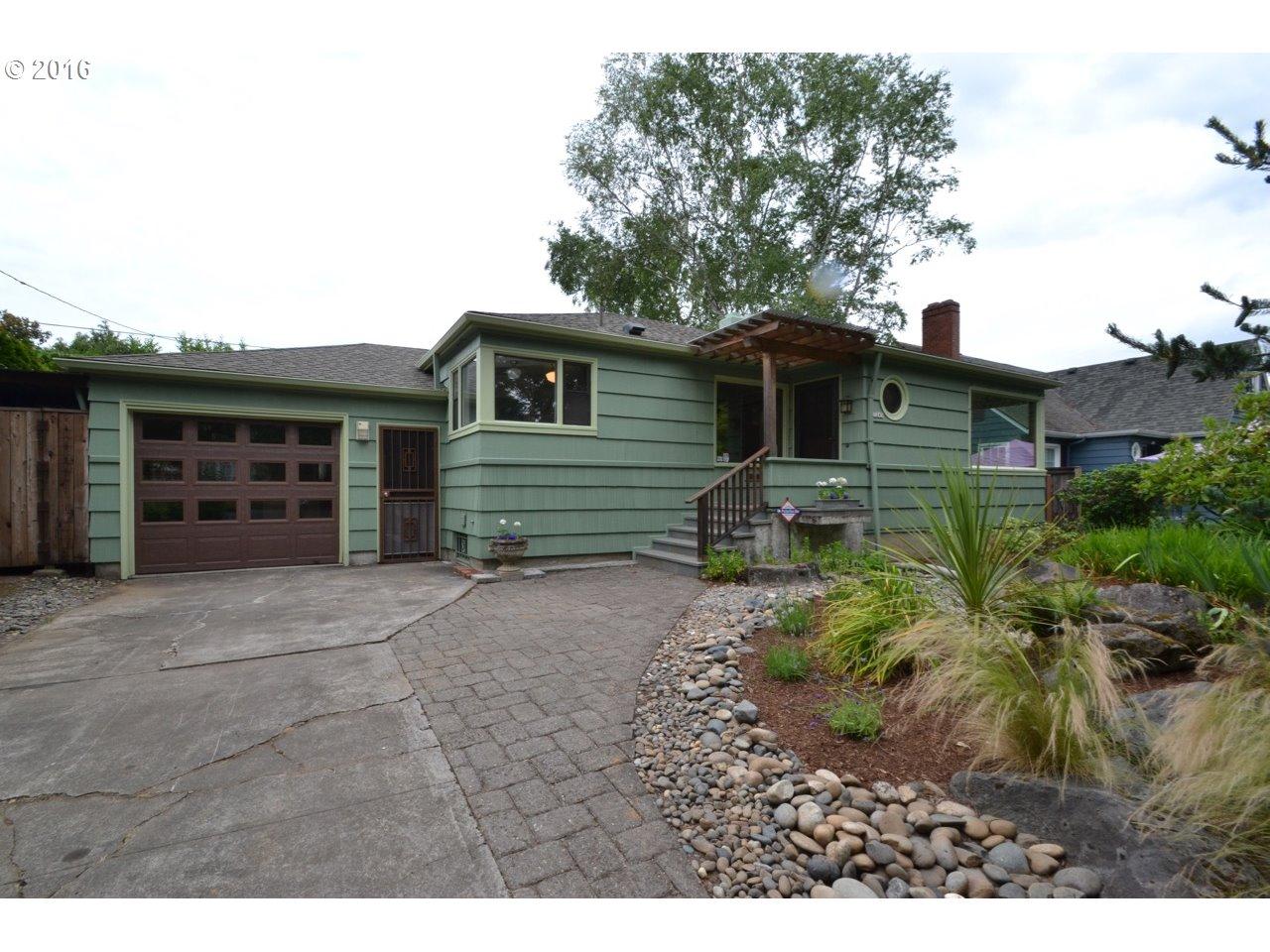 7245 N CHAUTAUQUA BLVD, Portland, OR 97217