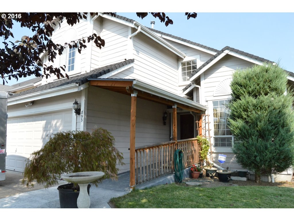 893 S 44TH PL, Springfield OR 97478