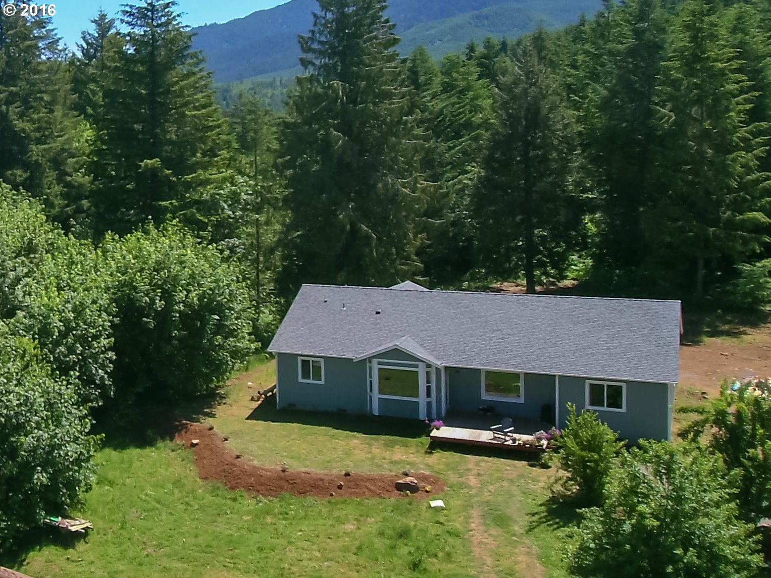 39494 ROW RIVER RD, Dorena, OR 97434