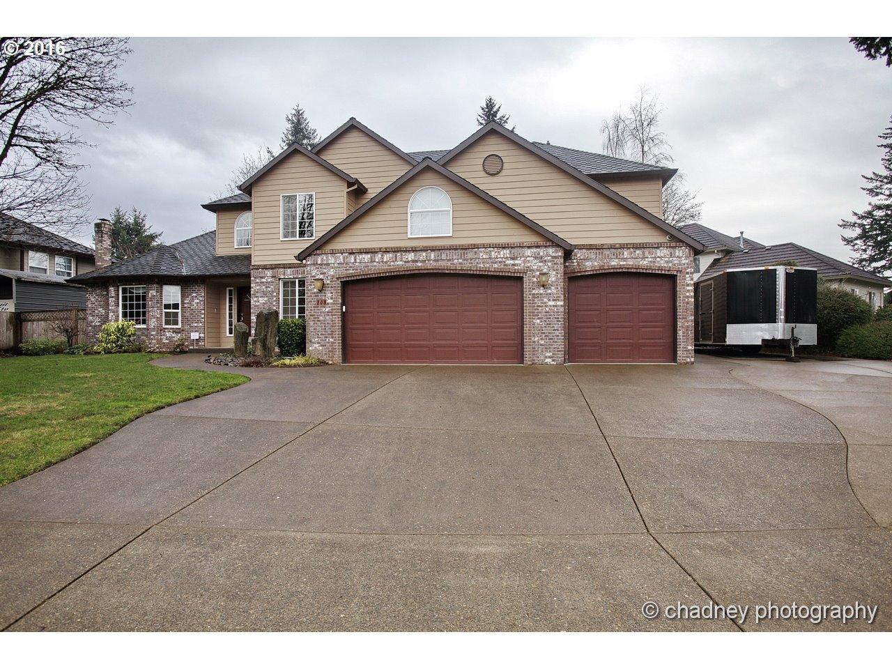 108 DEERBROOK DR, Oregon City OR 97045
