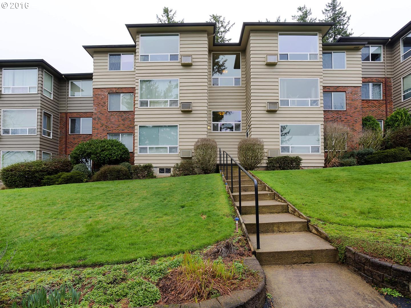 8410 SW CANYON LN 3, Portland, OR 97225