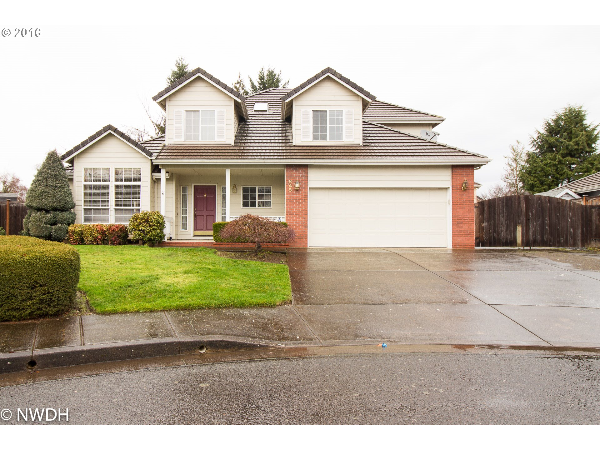 848 JANNETTE CT, Springfield OR 97477