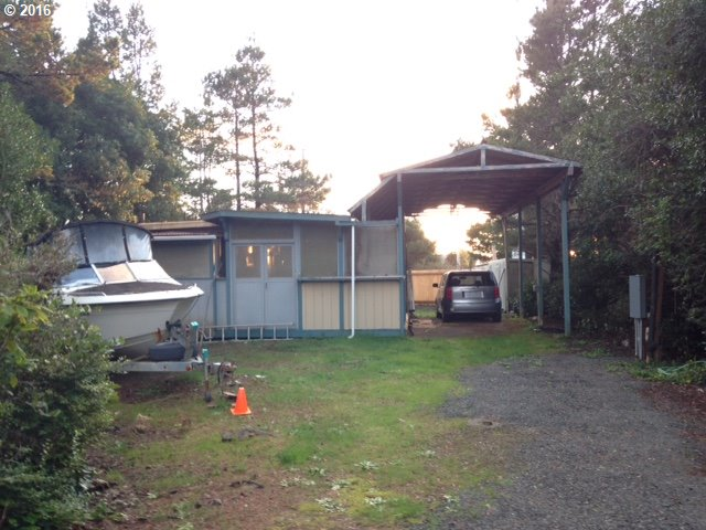 164 OUTER DR, Florence, OR 97439