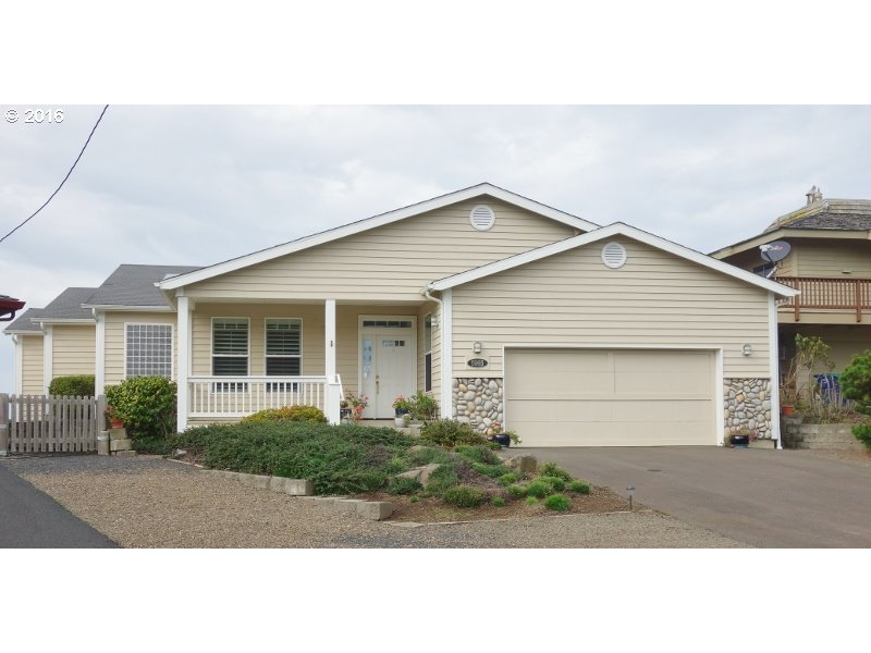2216 sq. ft 3 bedrooms 2 bathrooms  House For Sale,Gleneden Beach, OR