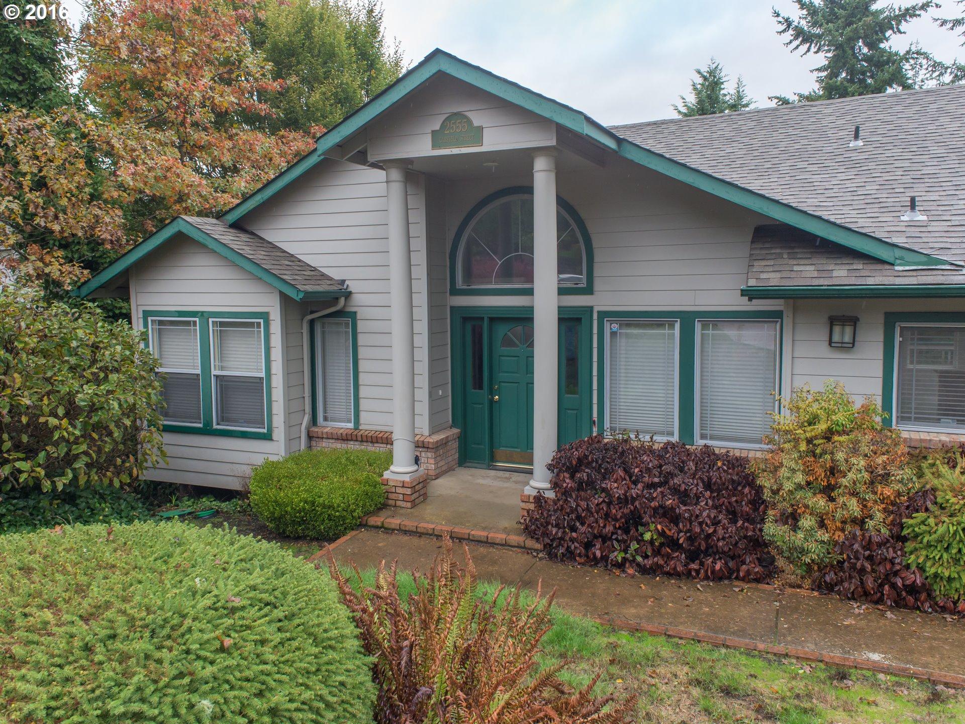 2555 GARFIELD ST, Eugene OR 97405