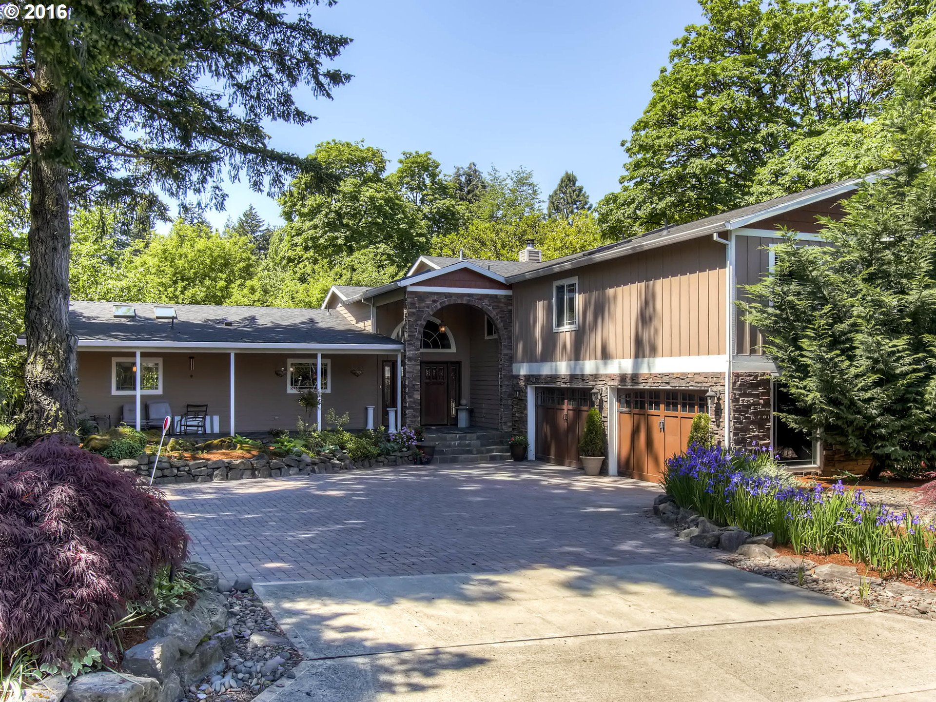 8505 SW 52ND AVE, Portland OR 97219