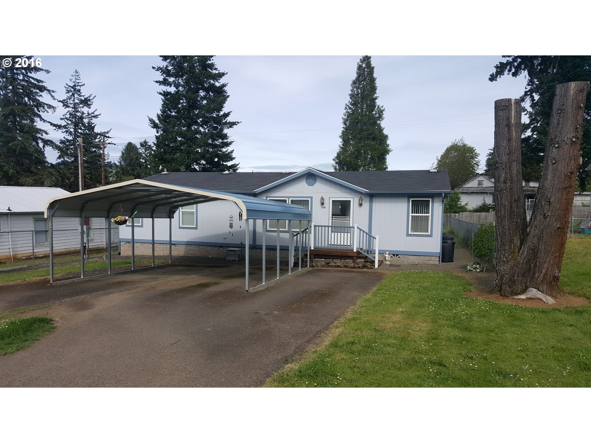 528 CHARLES ST, Yoncalla, OR 97499