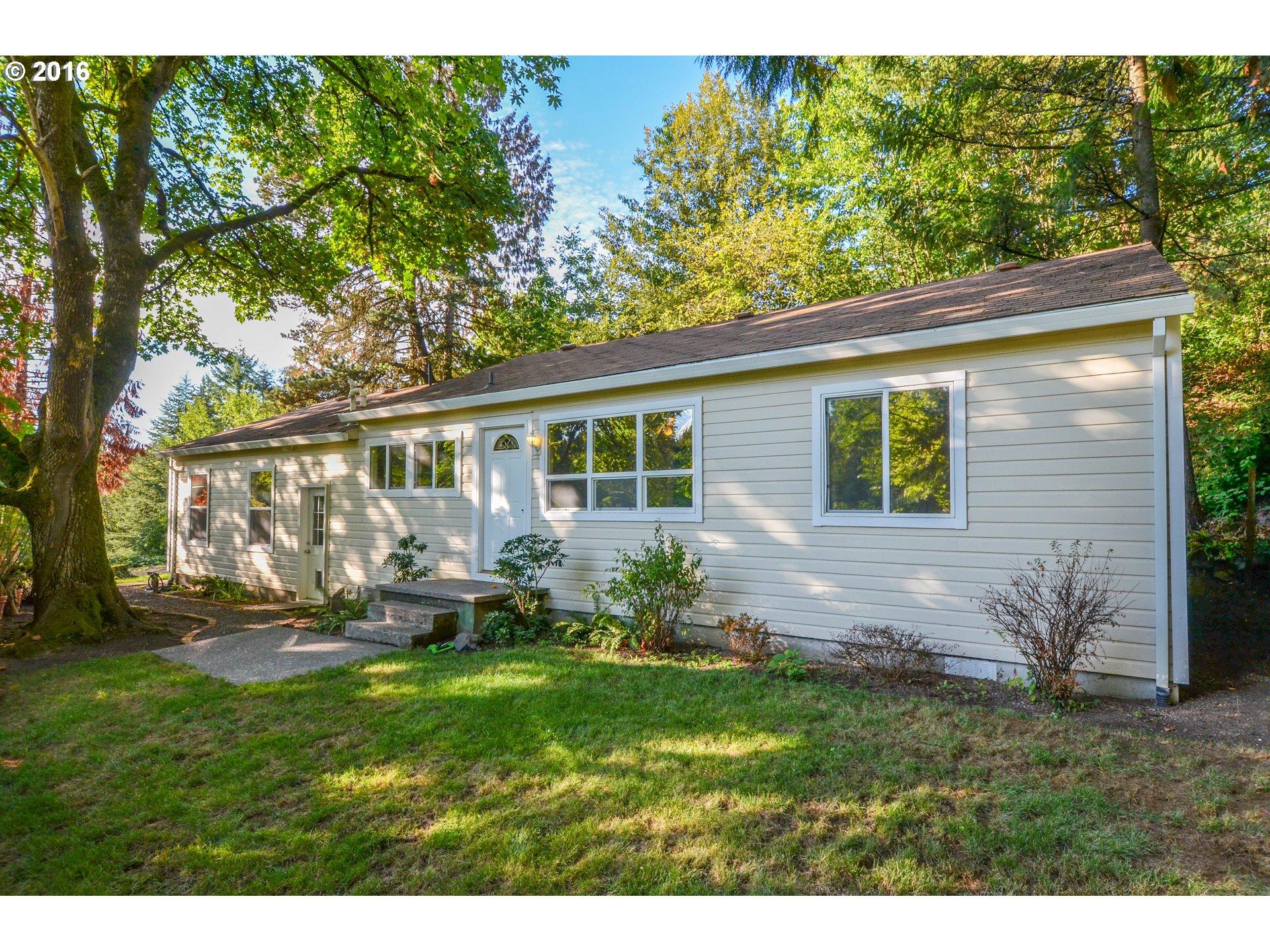 2307 SW Iowa ST, Portland OR 97239