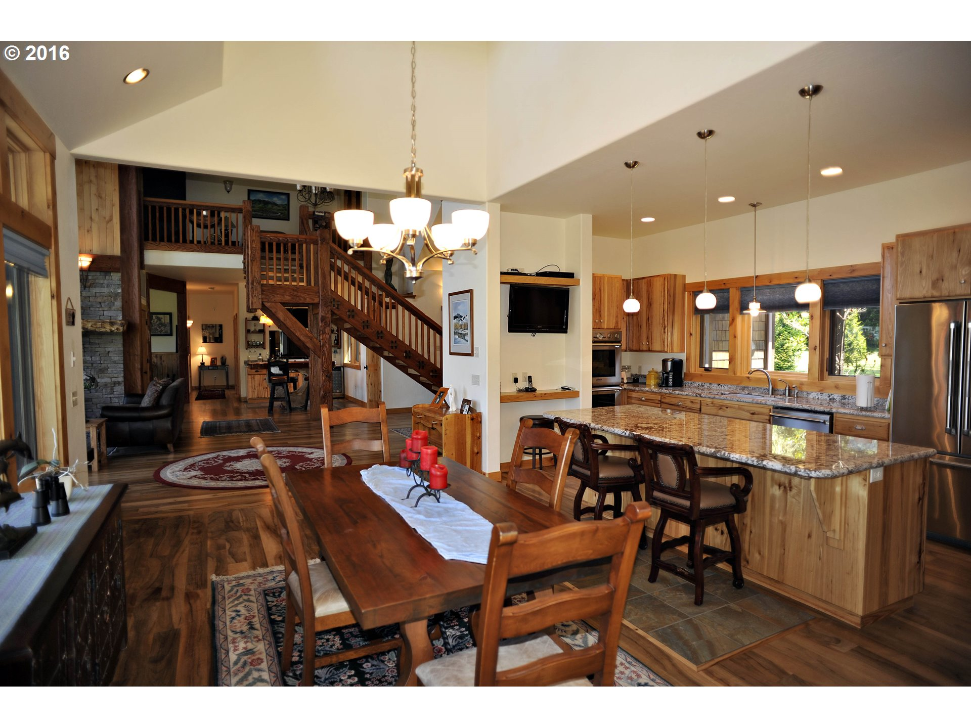 4564 sq. ft 4 bedrooms 3 bathrooms  House For Sale,Gold Beach, OR