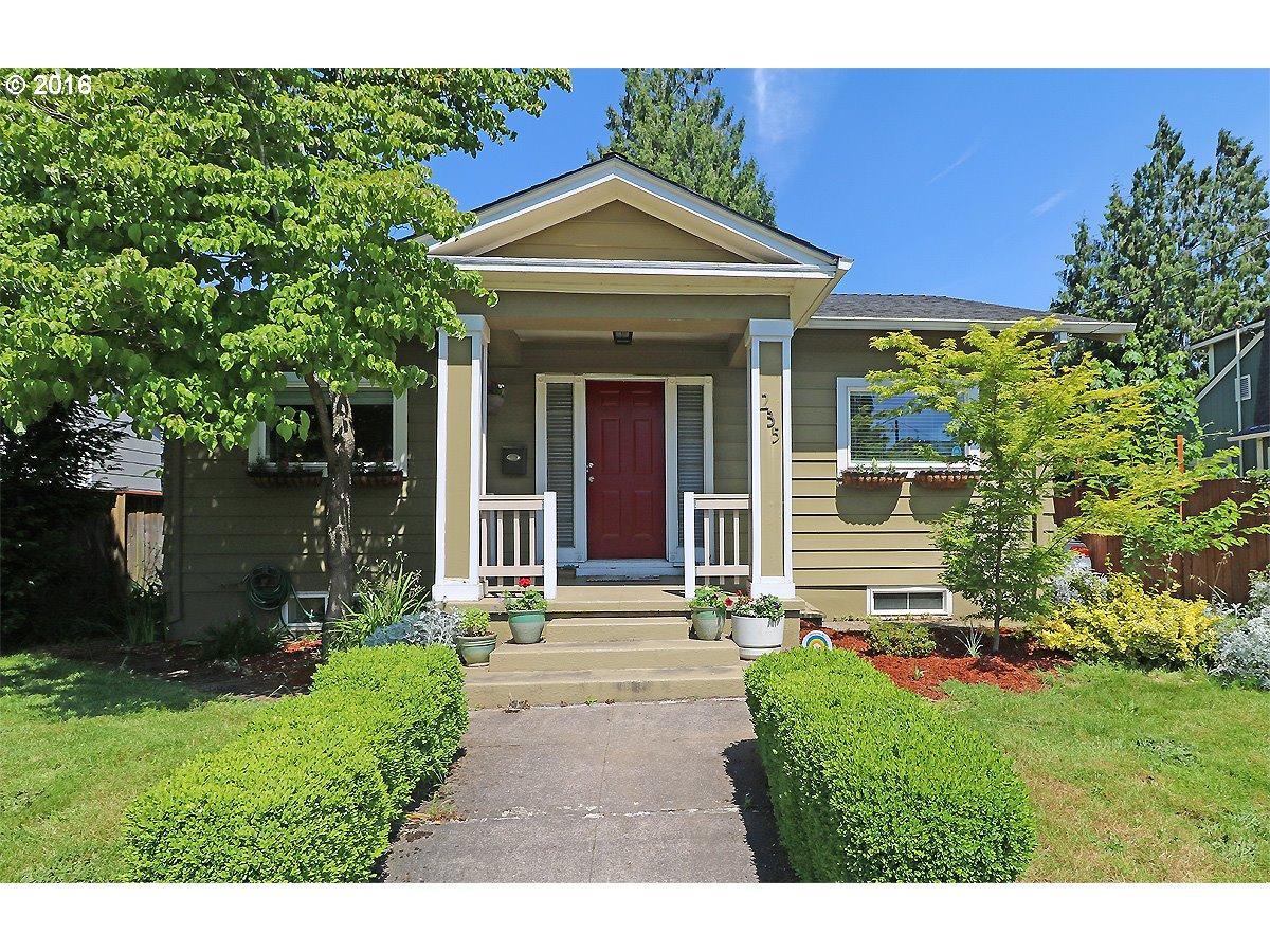 235 NE MORGAN ST, Portland OR 97211