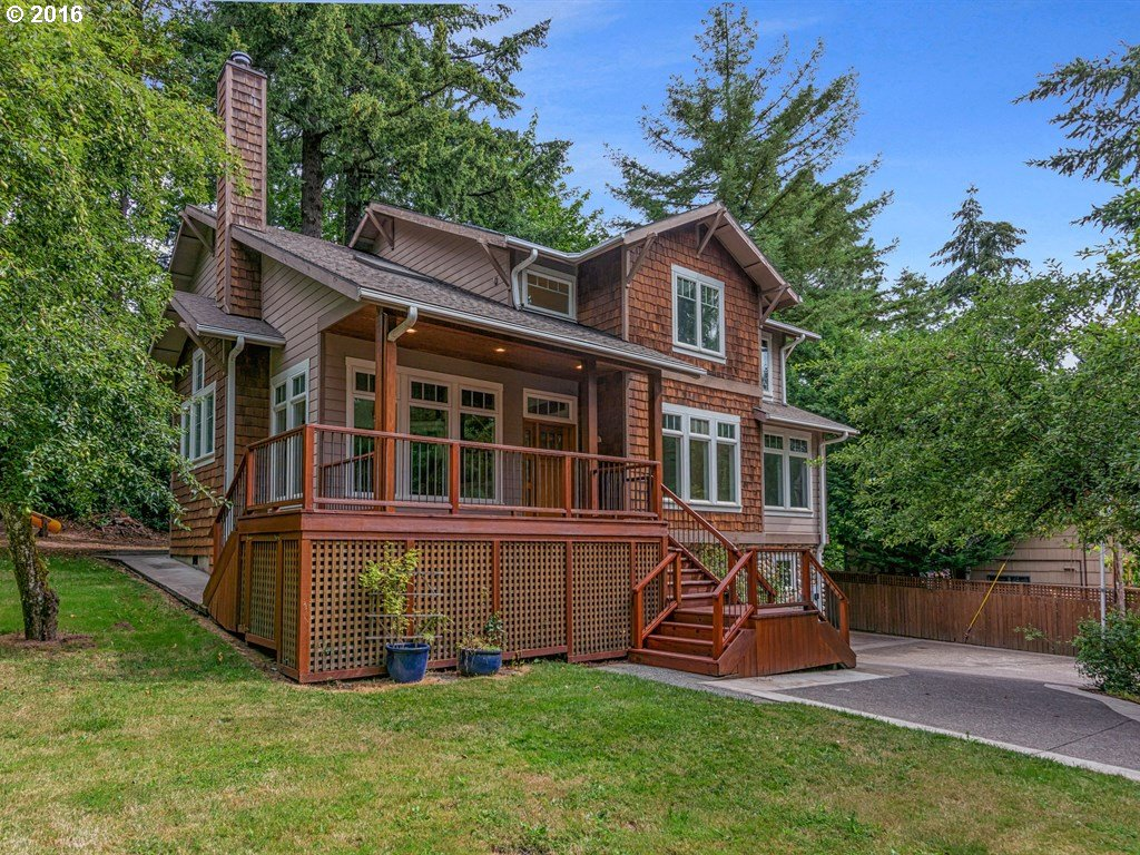 11165 NW LOST PARK DR, Portland OR 97229