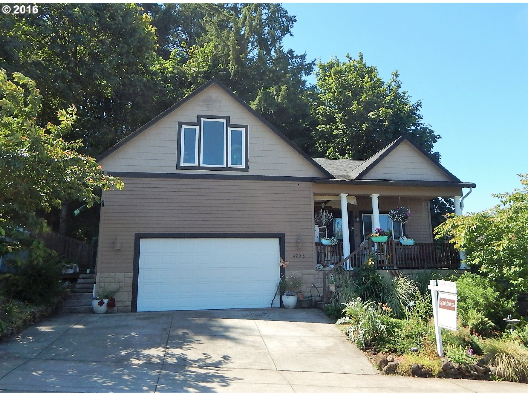 4723 ROCKY RD, Springfield, OR 97477