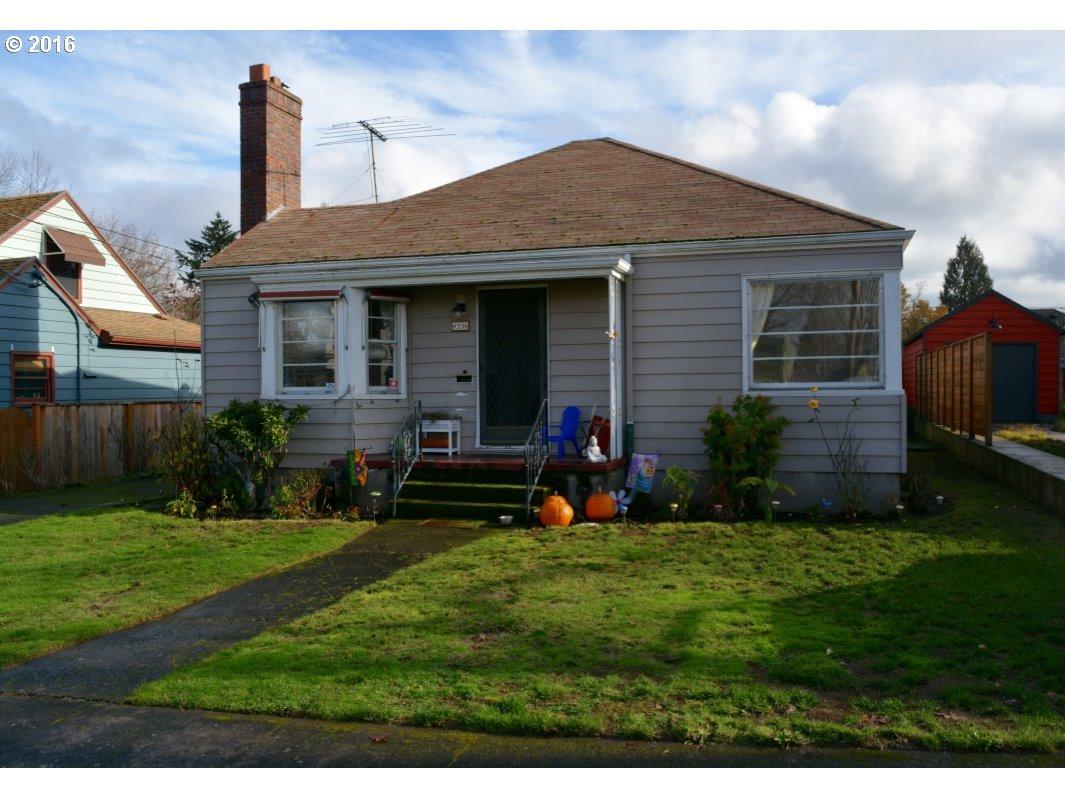 4556 NE 40TH AVE, Portland OR 97211
