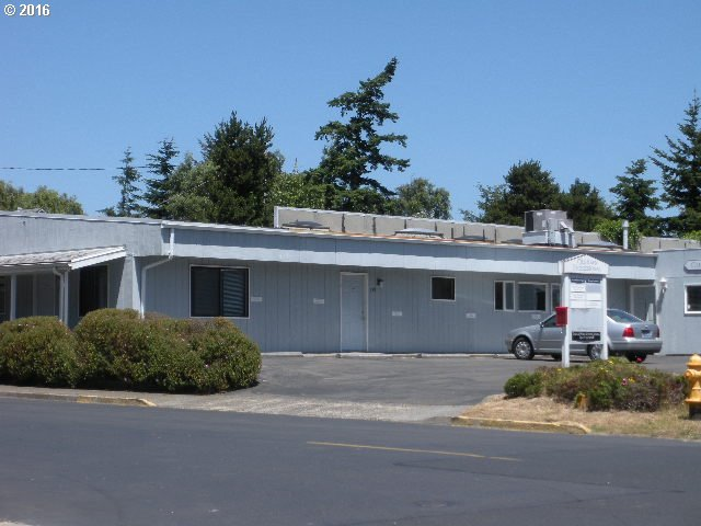 228 HARBOR ST, Florence, OR 97439