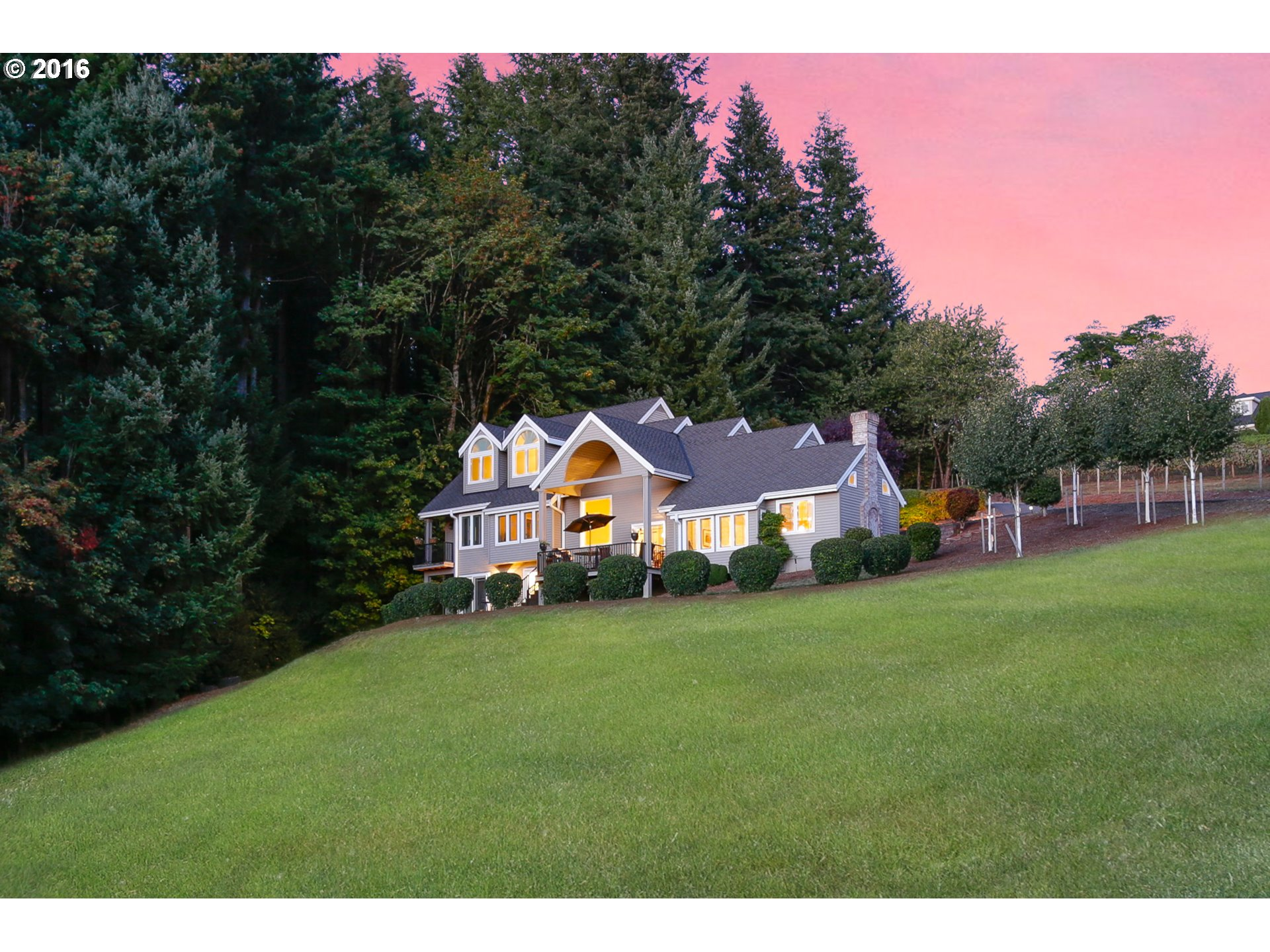 $1,000,000 - 4Br/4Ba -  for Sale in Rosemont, West Linn