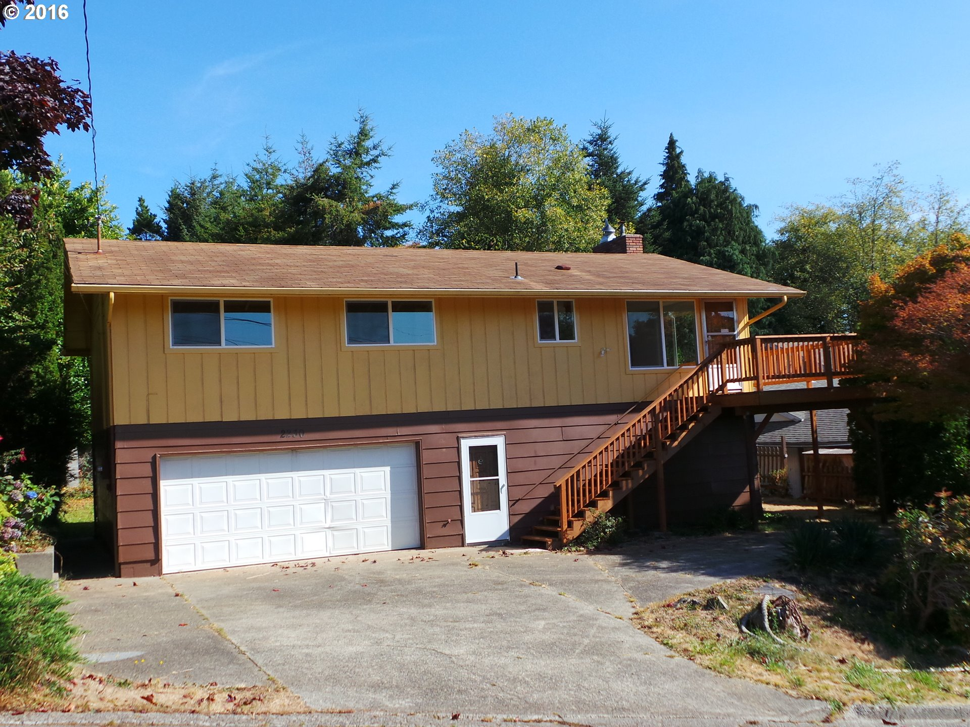2230 LOMBARD , North Bend OR 97459