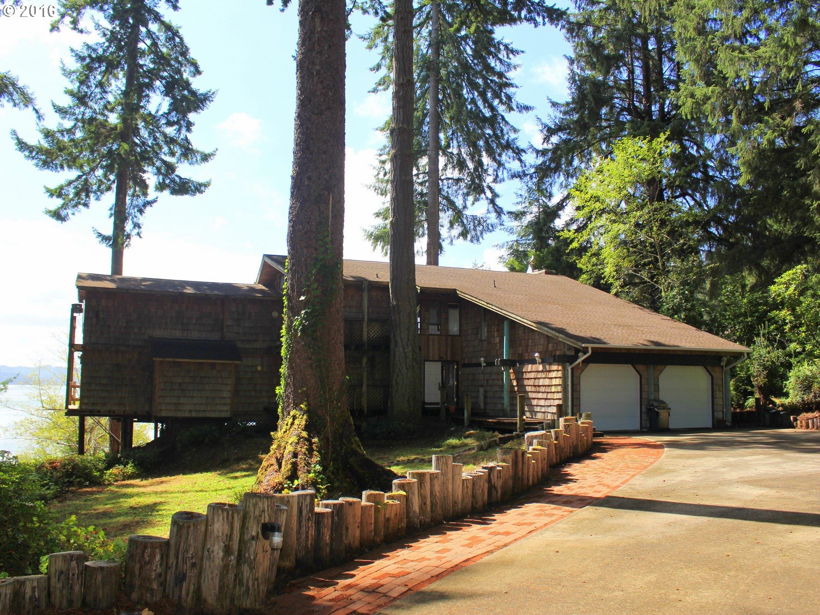 83569 CLEAR LAKE RD, Florence, OR 97439