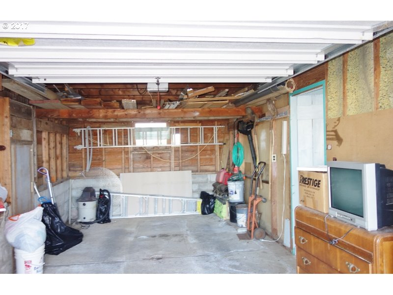 5229 NW KEEL AVE Lincoln City, OR 97367 - MLS #: 16463440