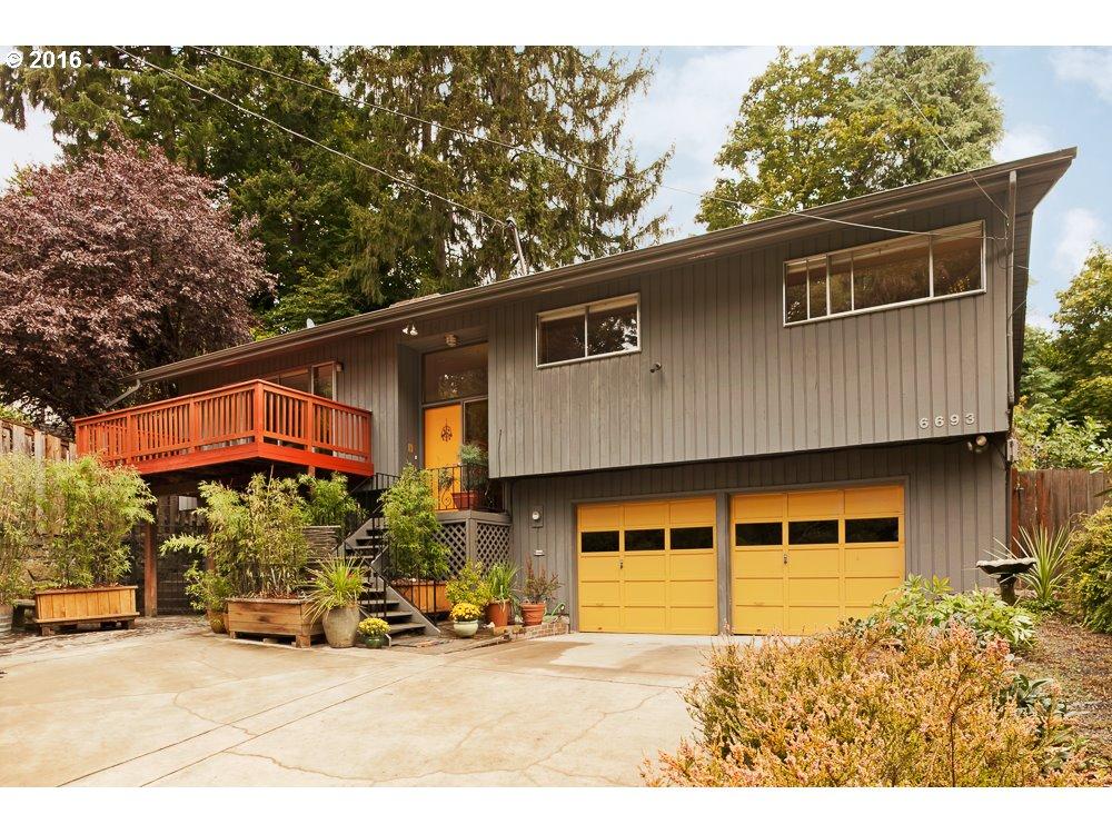 Property for sale at 6693 SE SCOTT DR, Portland,  OR 97215