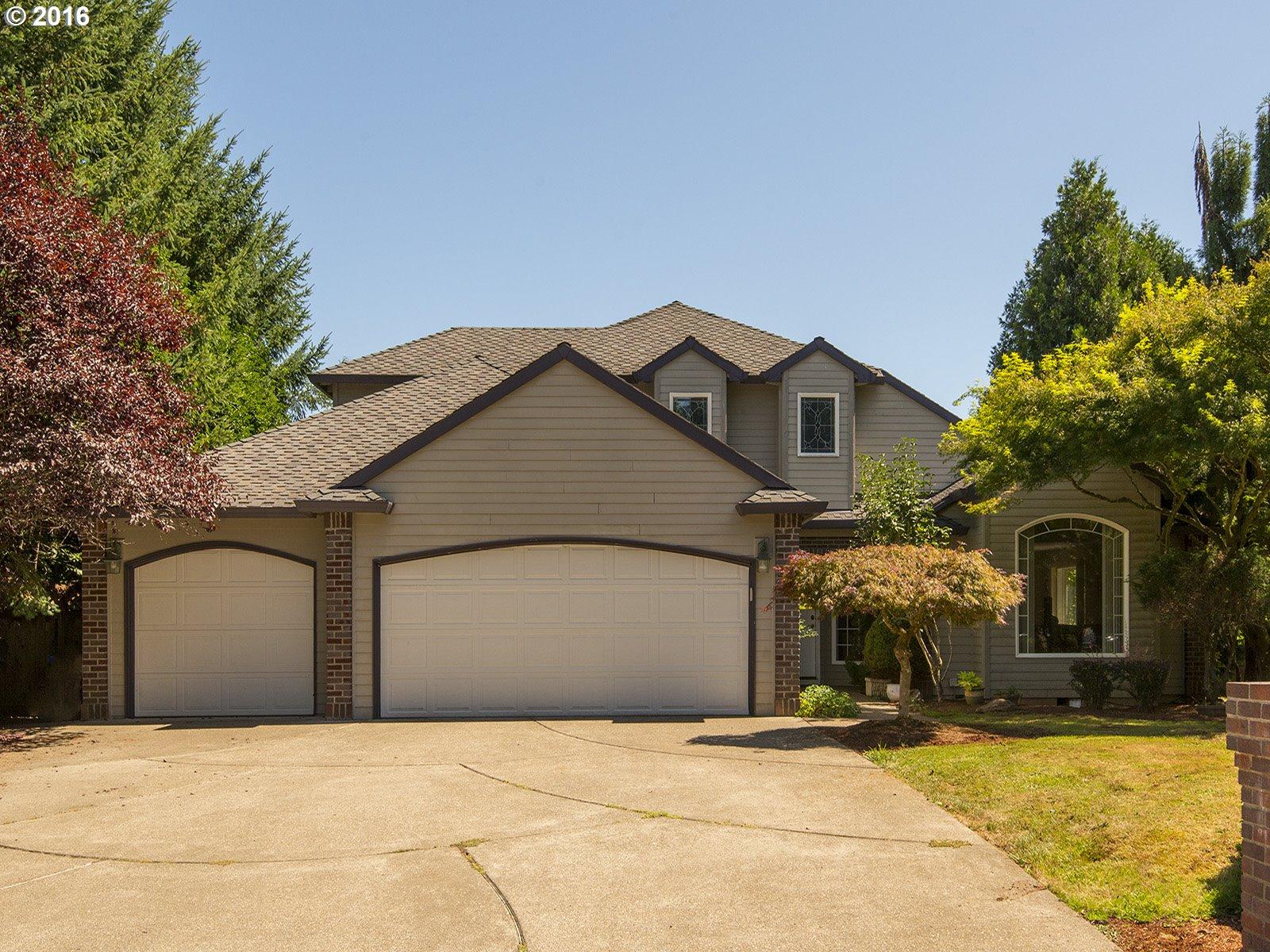 17702 S FIELDSTONE LN, Oregon City OR 97045