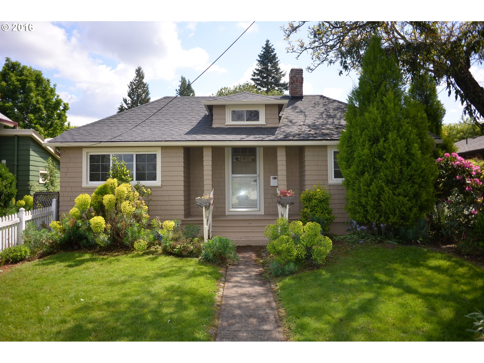1202 sq. ft 2 bedrooms 1 bathrooms  House ,Portland, OR