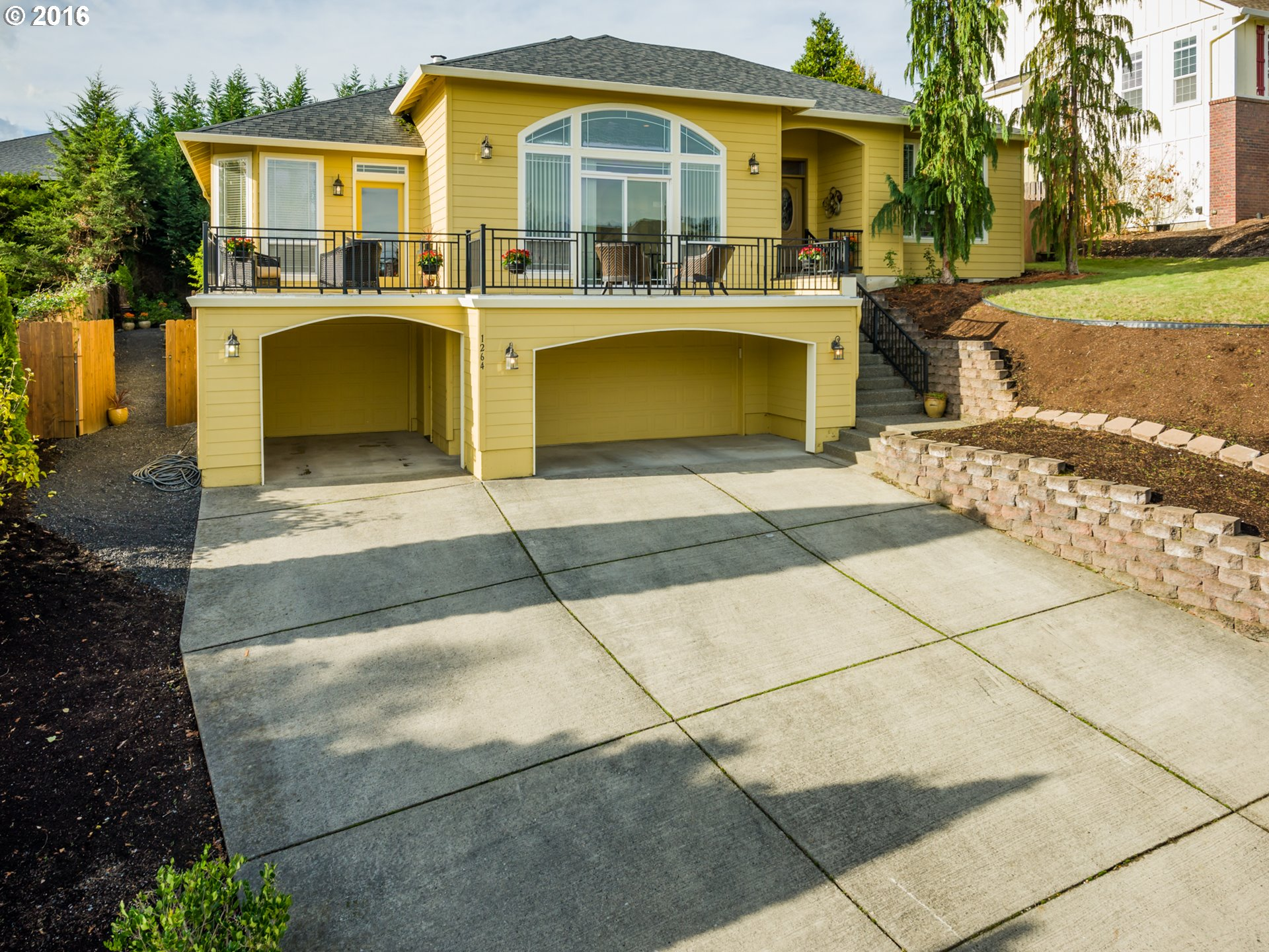 1264 E SPENCER CT, La Center, WA 98629