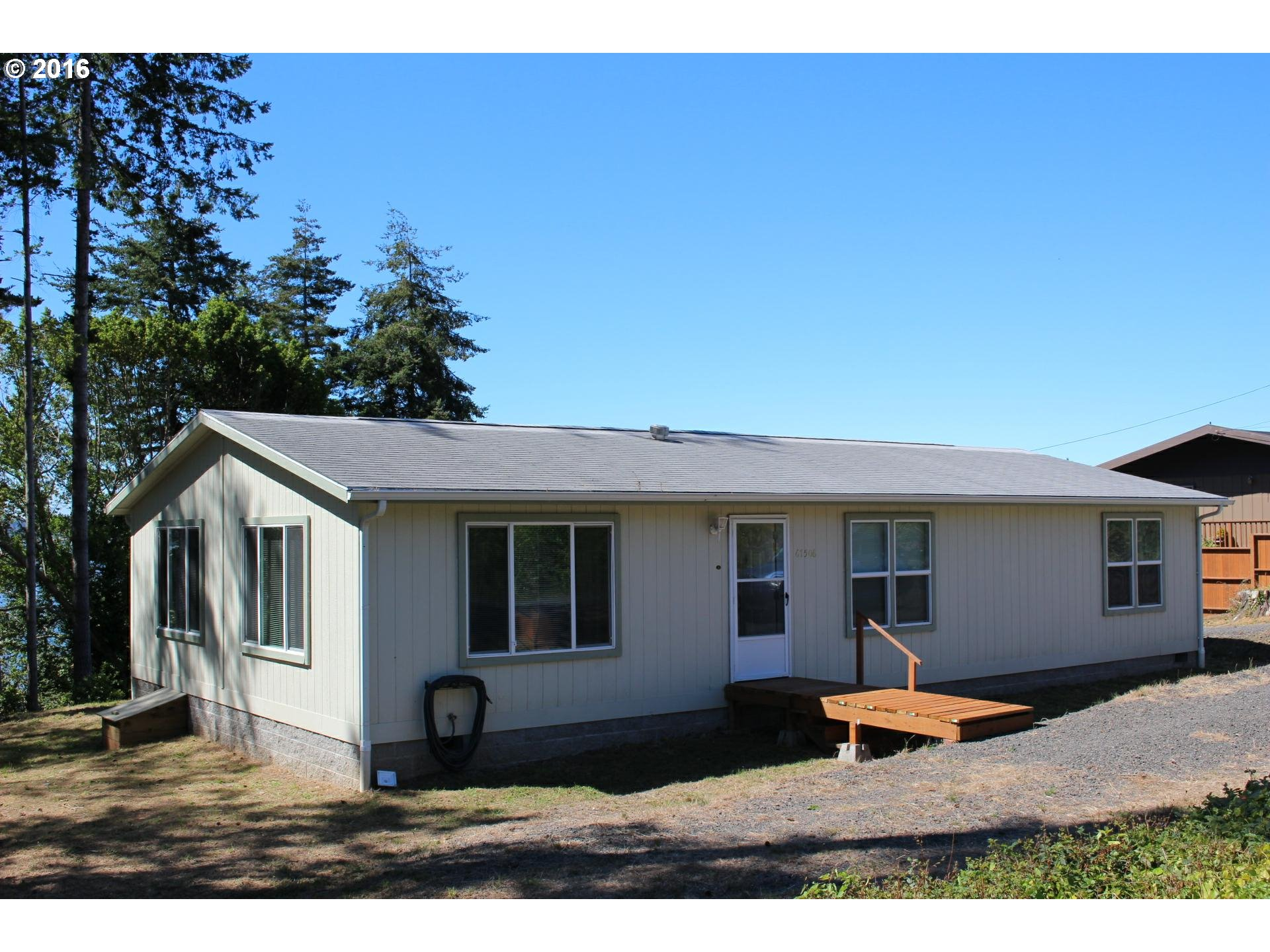 67506 East Bay DR, North Bend, OR 97459