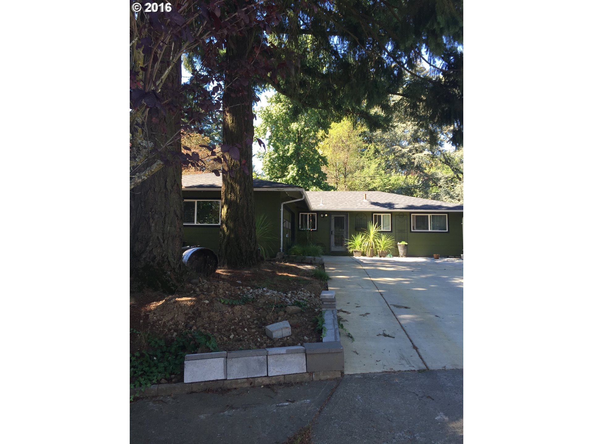 15240 NE COUCH CT, Portland OR 97230