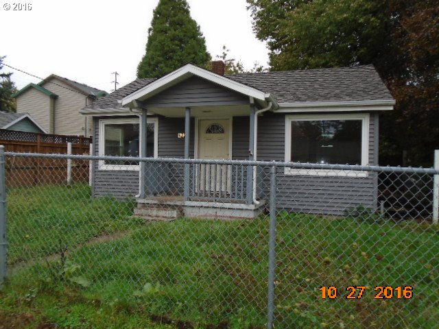 976 sq. ft 2 bedrooms 1 bathrooms  House ,Portland, OR
