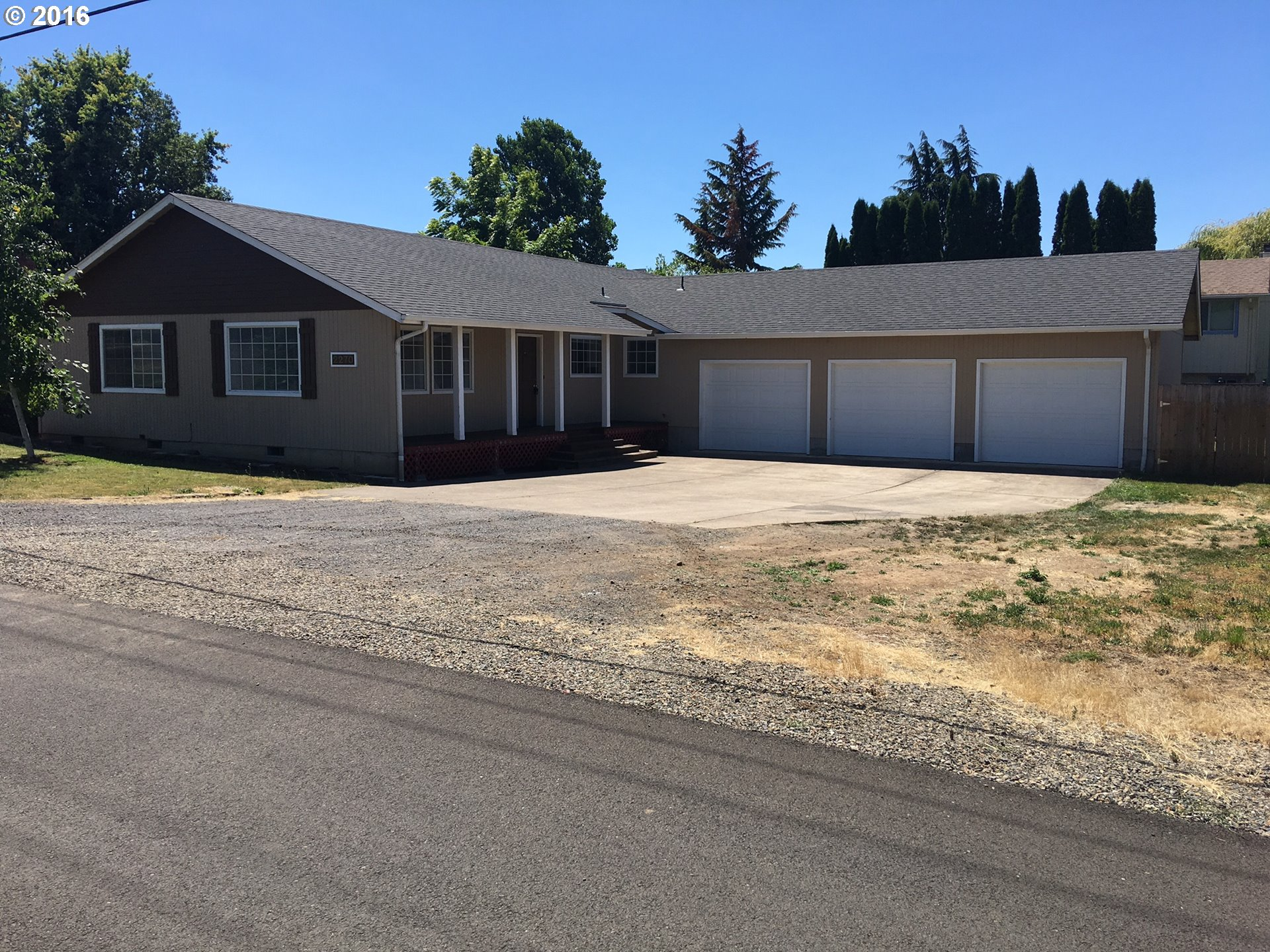 2270 FOUR OAKS GRANGE RD, Eugene OR 97405