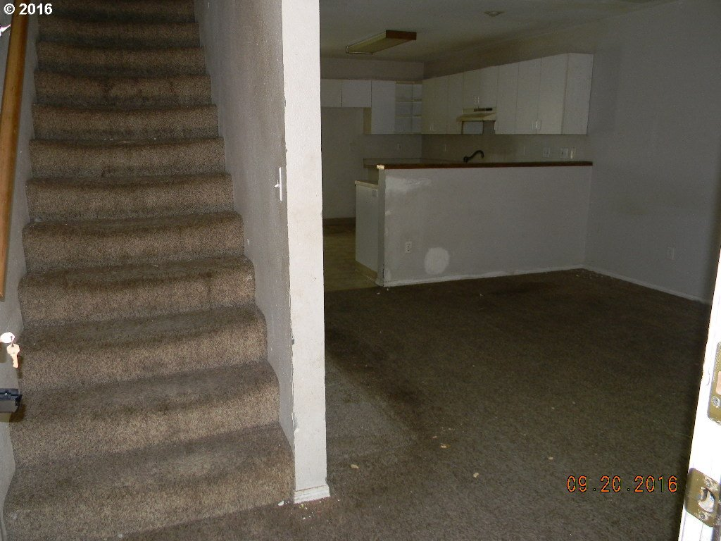 1028 sq. ft 2 bedrooms 1 bathrooms  House ,Portland, OR
