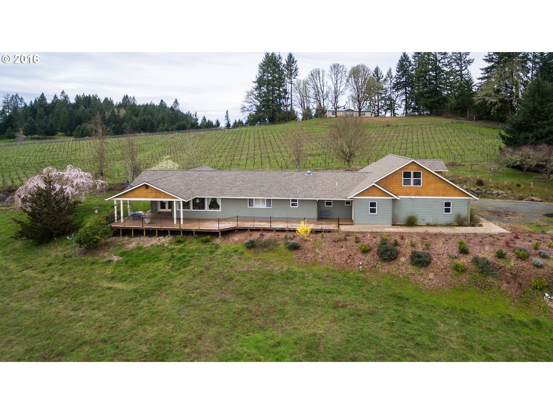 27091 BRIGGS HILL RD, Eugene, OR 97405