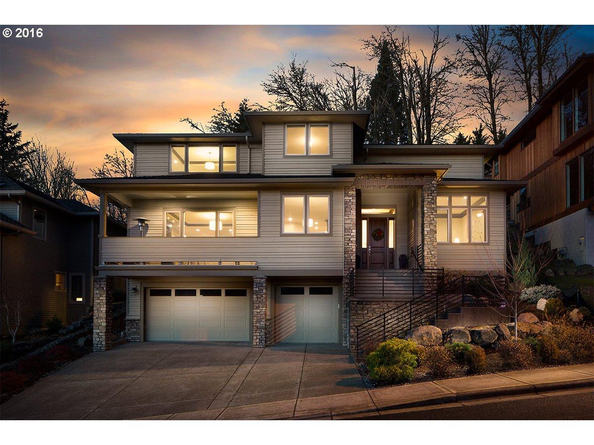 8733 NW SAVOY LN, Portland OR 97229