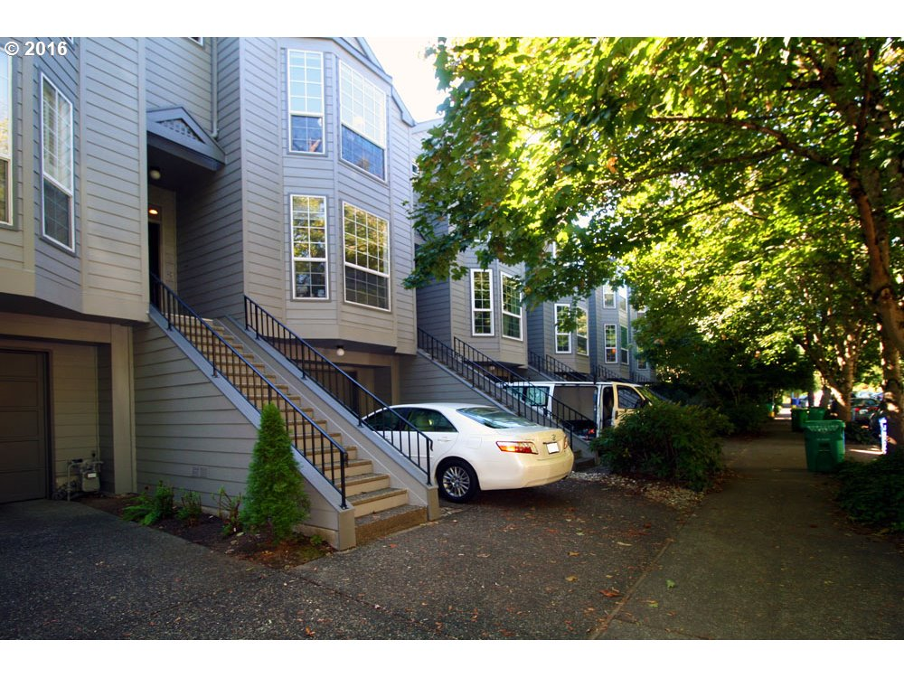 Super hot location in downtown NW Alphabet district-walk to restaurants-shops-cafes!Sunny+Bright w/high ceilings+south facing wall of windows+french door!Beautiful huge open great room has hardwood floors-gas fireplace-open staircase & Open kitchen with eating bar. Large Den/non-conforming Bedroom on main /french doors+Bay window.2 masters upstairs w/bath+WI closets.Large laundry room,loft area has 8ft skylight! Deck-patio-garden area