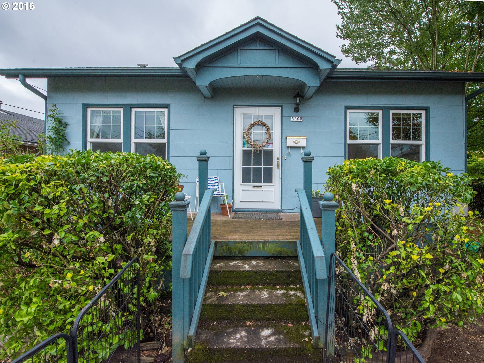 3208 N WILLIS BLVD, Portland, OR 97217