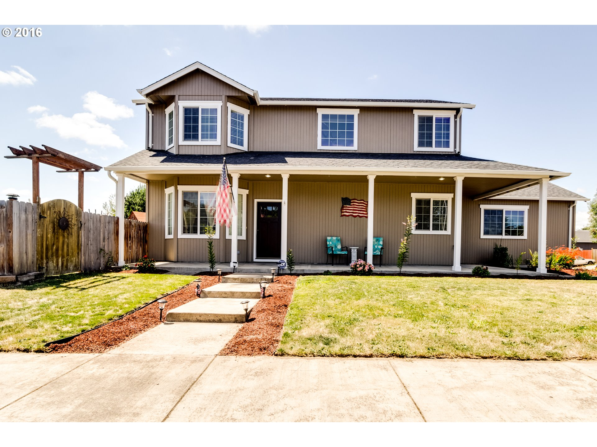 107 CANARY AVE, Creswell OR 97426