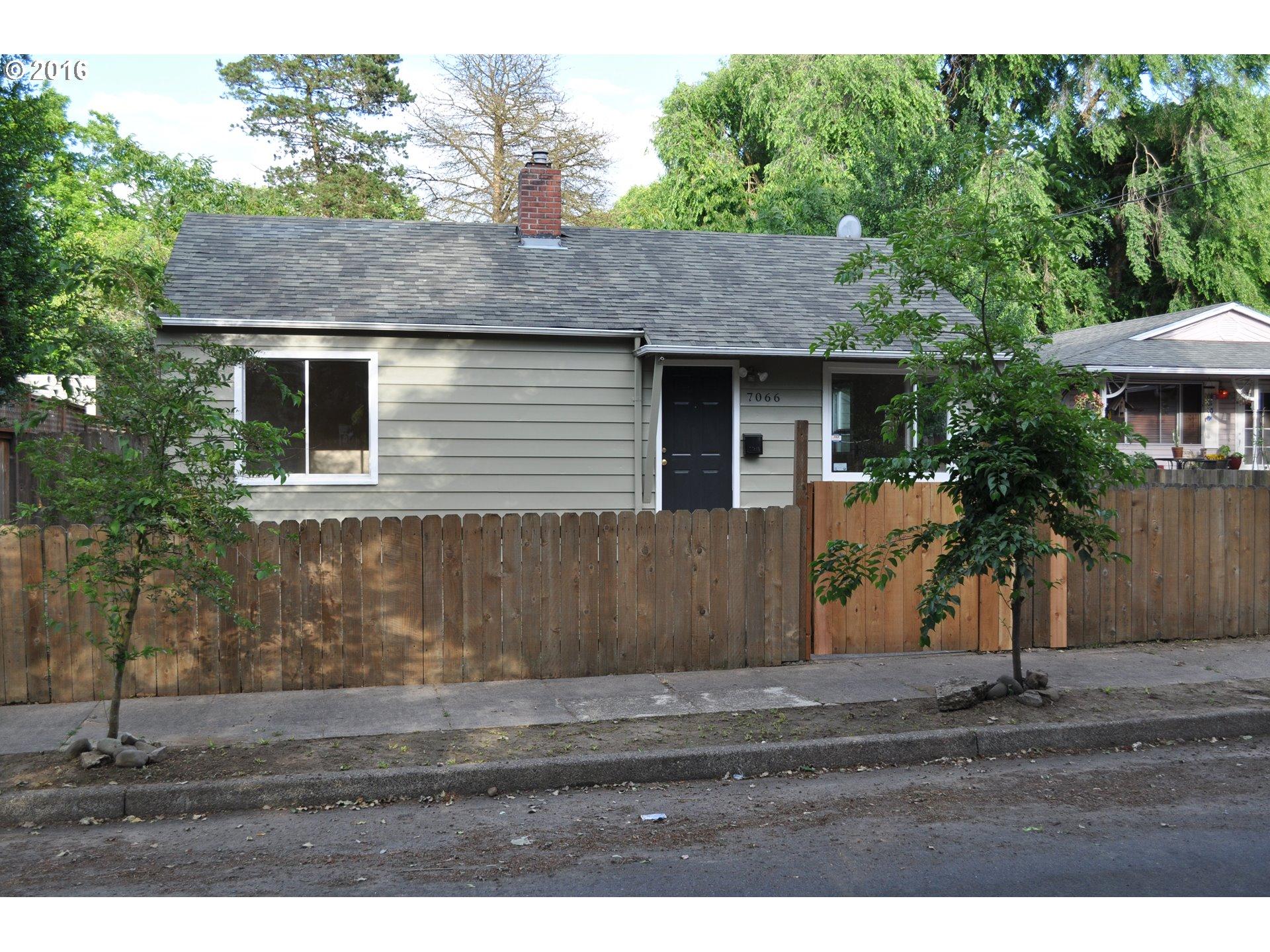 7066 NE 8TH AVE, Portland OR 97211