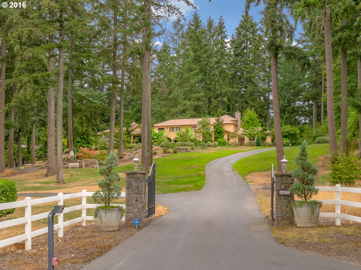 5677 SW DELKER RD, Tualatin, OR 97062