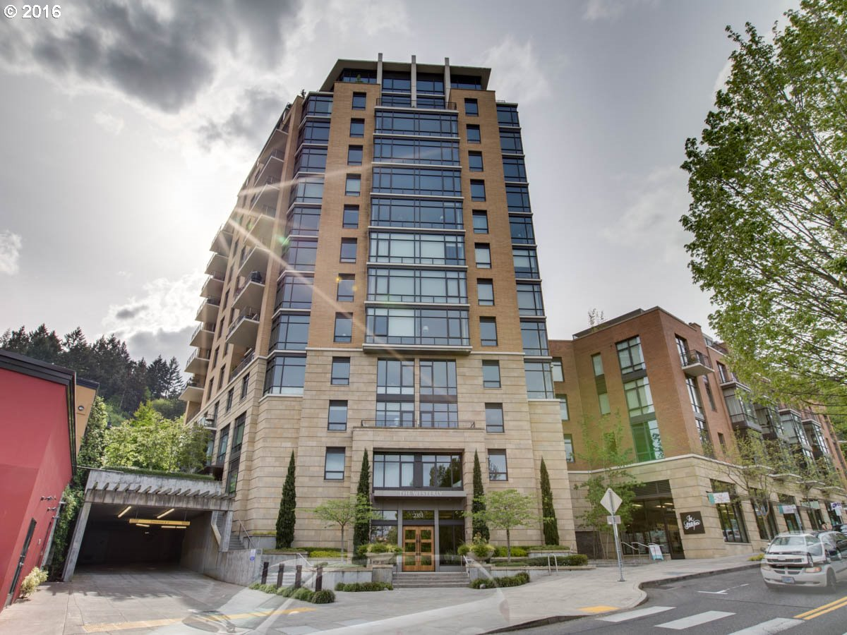 $1,000,000 - 3Br/4Ba -  for Sale in Portland