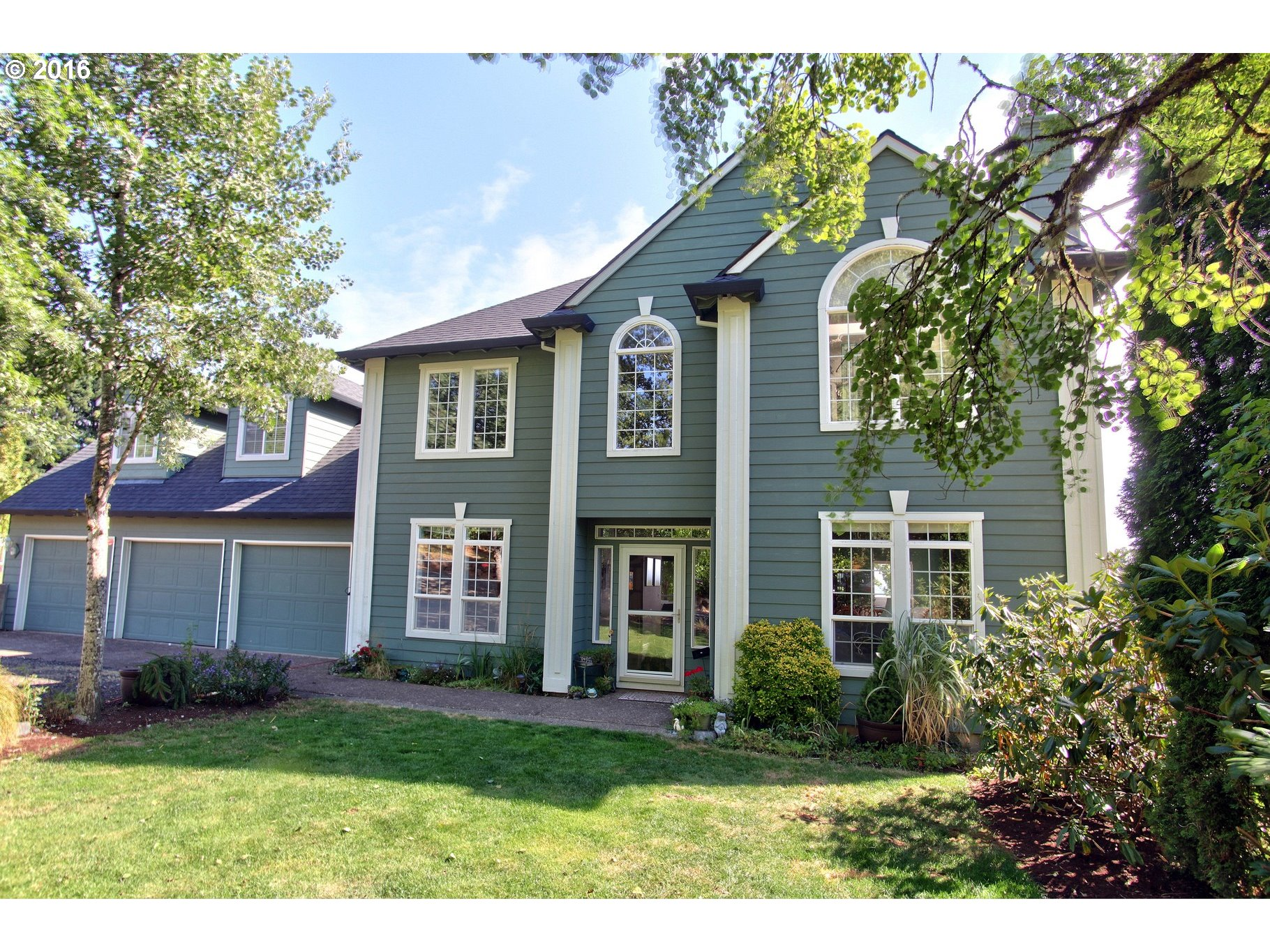 $649,900 - 4Br/3Ba -  for Sale in Bald Peak, Hillsboro