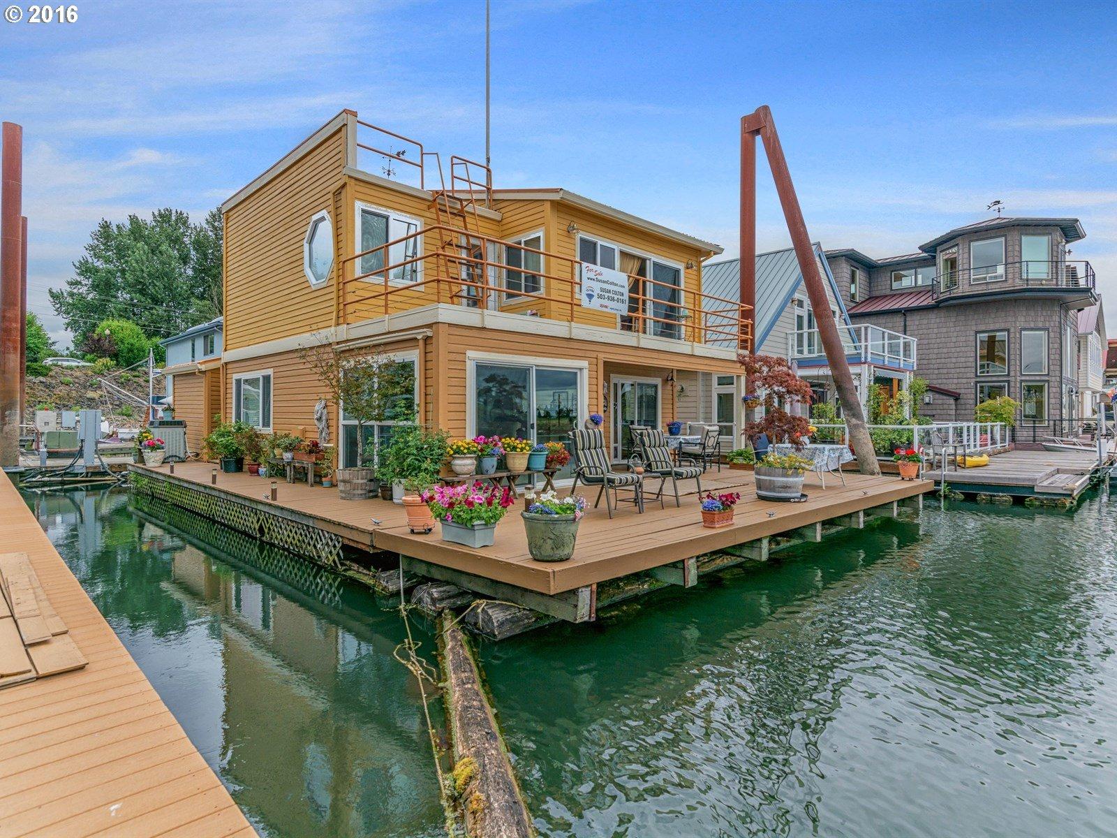 2630 N Hayden Island DR 9, Portland, OR 97217