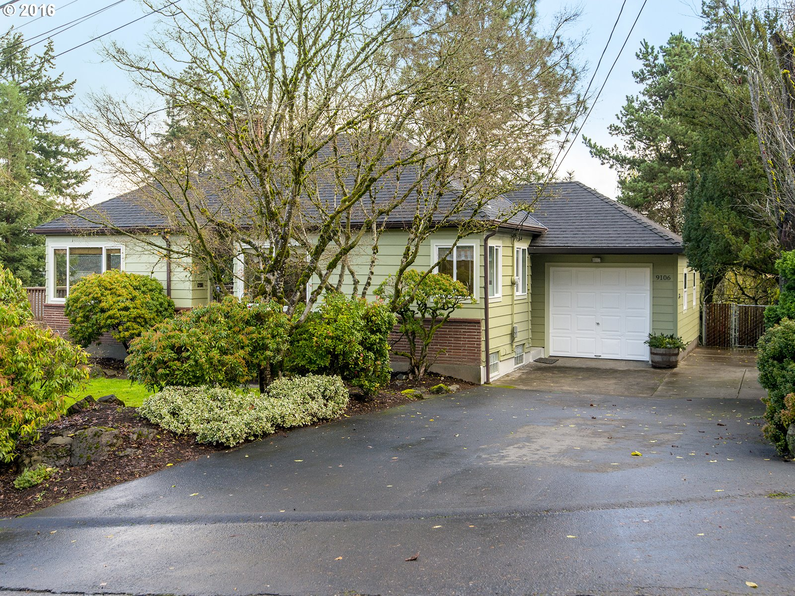 9106 SW 35TH AVE, Portland OR 97219