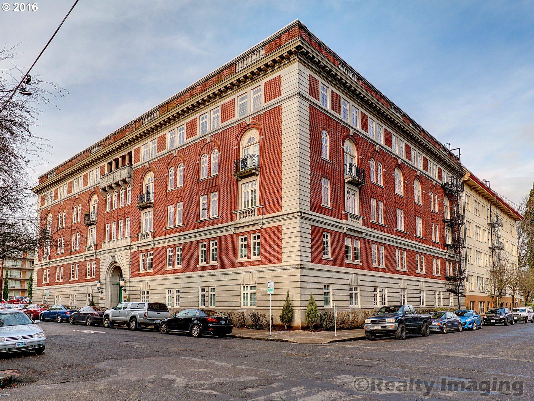 Historic homes for sale in portland oregon for Portland home