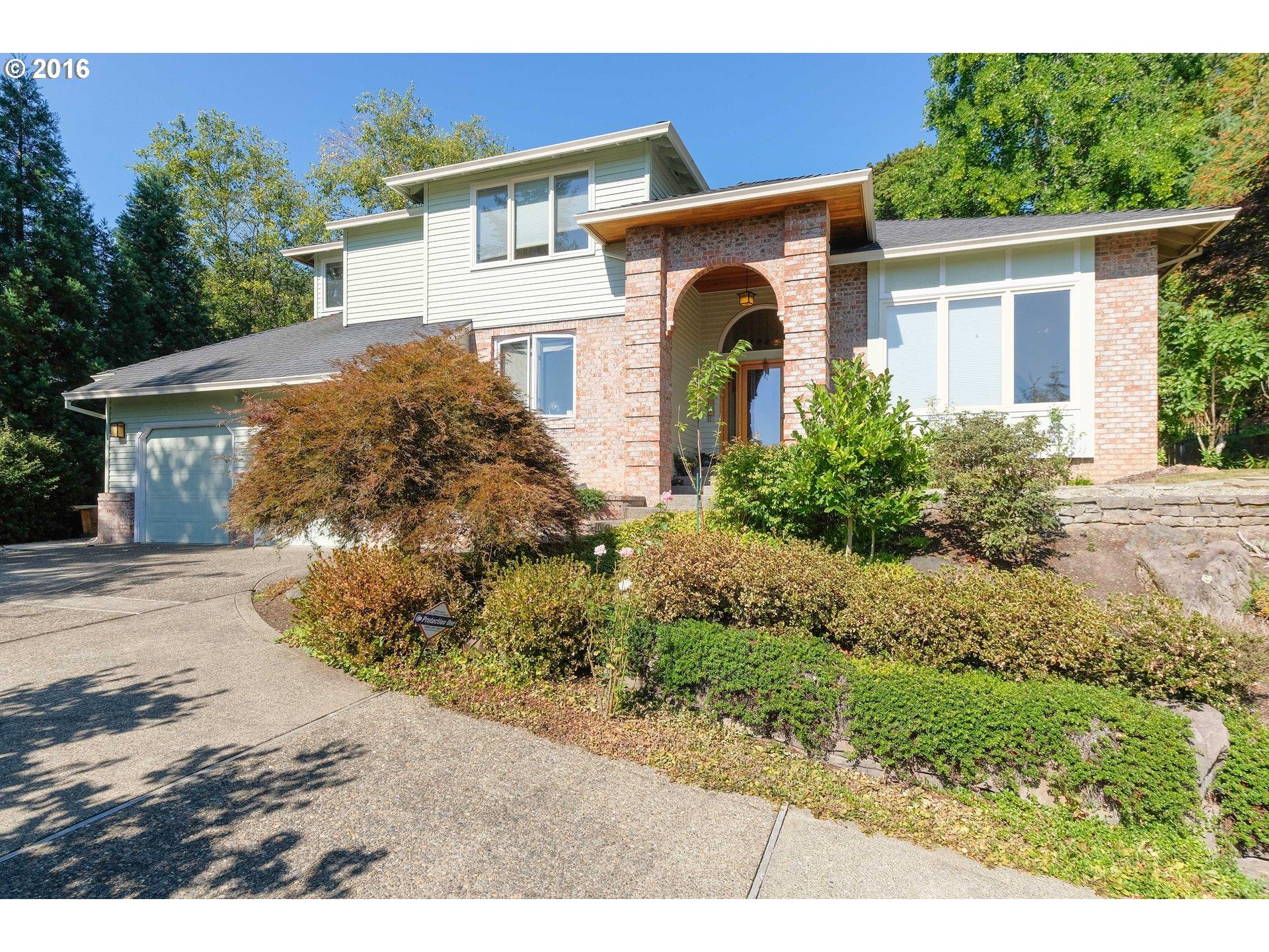 10708 SW SOUTHRIDGE DR, Portland OR 97219