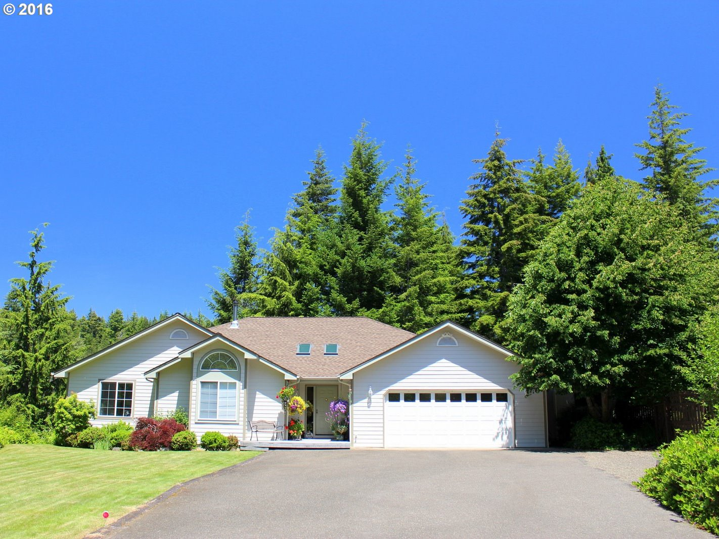 5465 HUCKLEBERRY LN, Florence, OR 97439