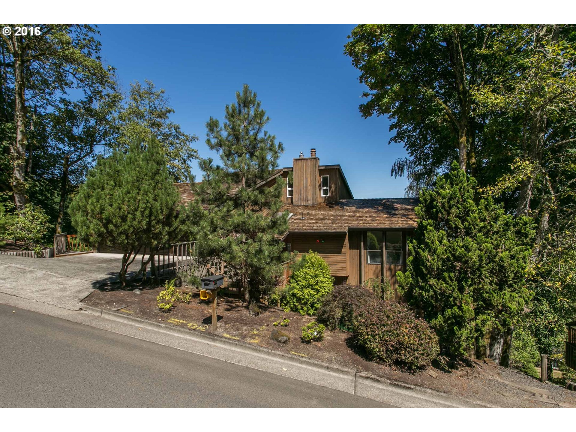 17465 UPPER CHERRY LN, Lake Oswego, OR 97034