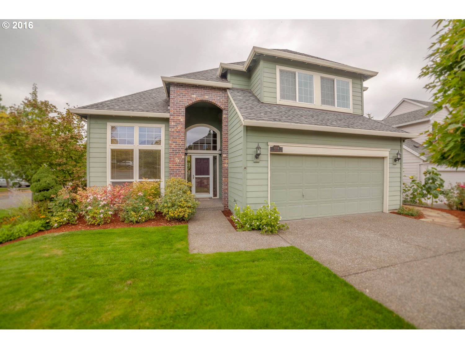 12114 SW 18TH AVE, Portland OR 97219