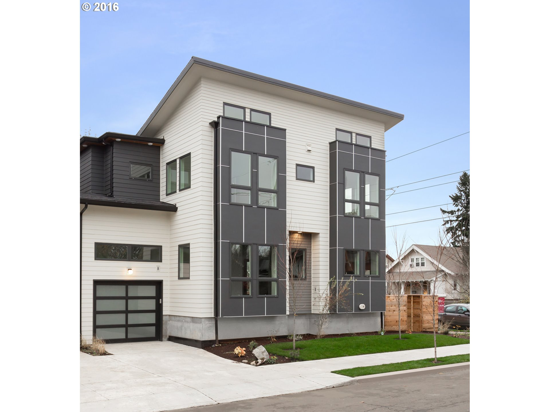Property for sale at 4807 NE 17th AVE, Portland,  OR 97211