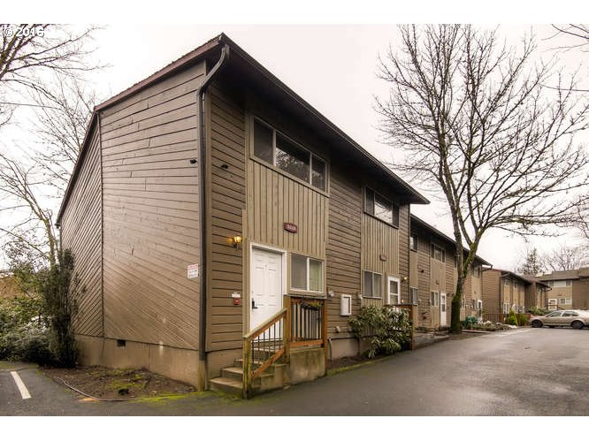 5218 SW 42ND AVE, Portland, OR 97221