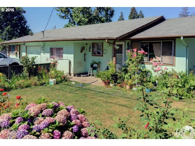 718 28TH ST, Springfield, OR 97477